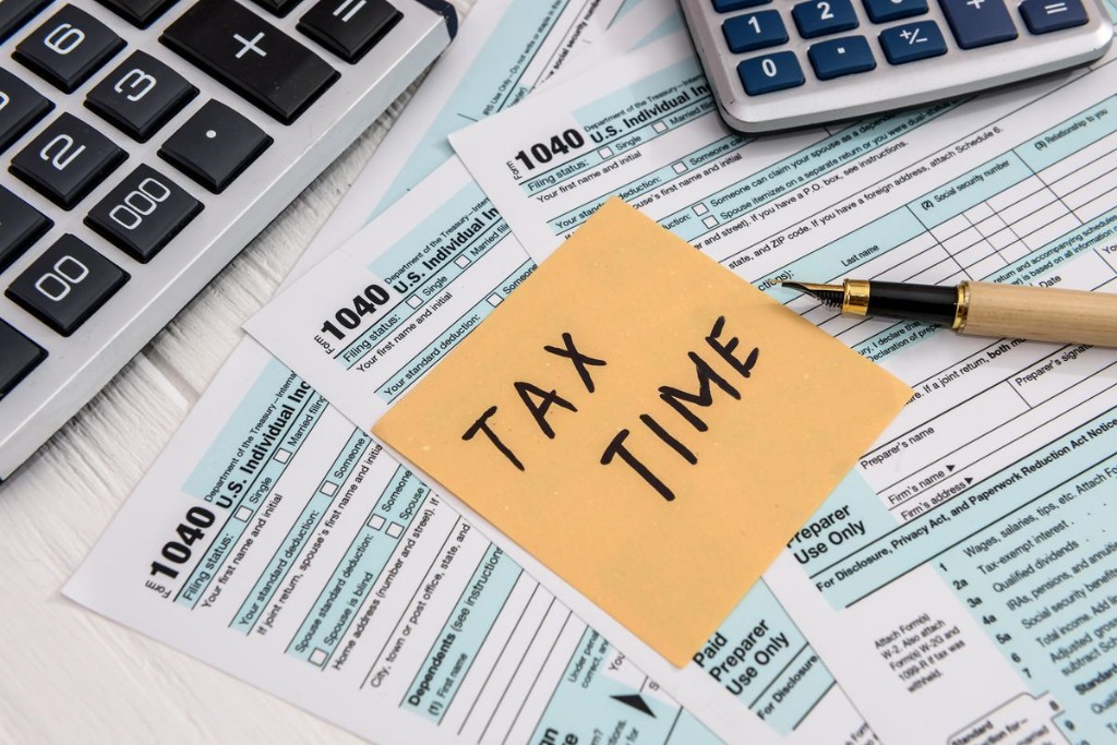 Your First Look At 2021 Tax Rates: Projected Brackets, Standard Deductions & More