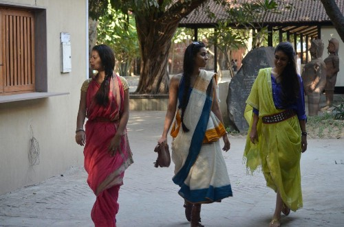 Meet The Indian Women Who Are Reviving The Sari
