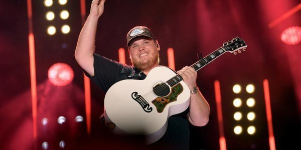 Country Newcomer Luke Combs Ties One Of Garth Brooks' Most Important Records