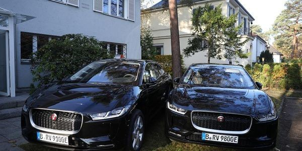 Jaguar Land Rover, BMW Team Up On New Electric Drive Technologies