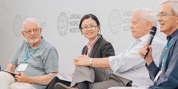 Top Economists Endorse Universal Basic Income