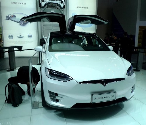 Tesla Model X 75D Launched In China