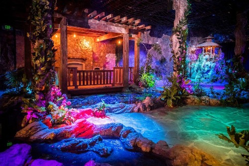 The Unreal Garden Is San Francisco's Selfie Museum For The Burning Man Generation