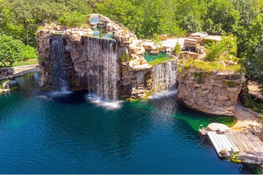 Outrageous Kansas City Aqua Mansion Has Waterfalls, Grottos and Scuba Diving Tunnels