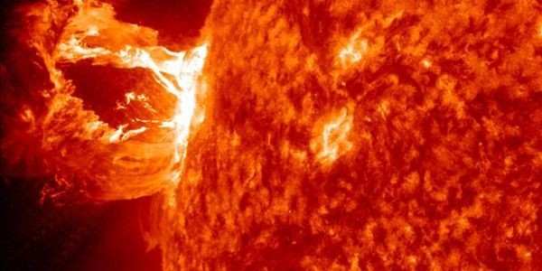 Massive Solar Superstorm Narrowly Missed Blasting The Earth Back Into The Dark Ages