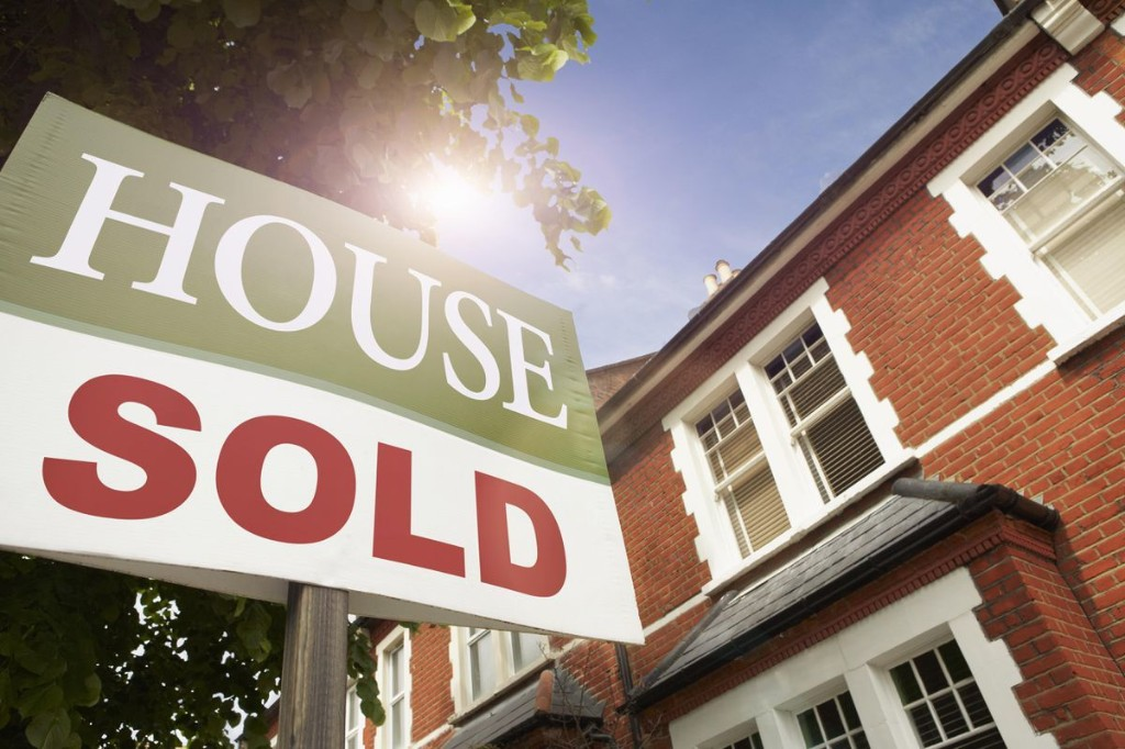 Why Now Is NOT The Time To Buy A House