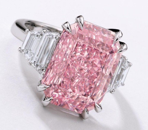 10-Carat Pink Diamond Could Fetch $25 Million At Sotheby's Hong Kong Auction