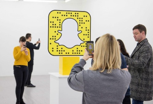 LEGO And Snapchat Just Opened A Clothing Store With No Clothes In It