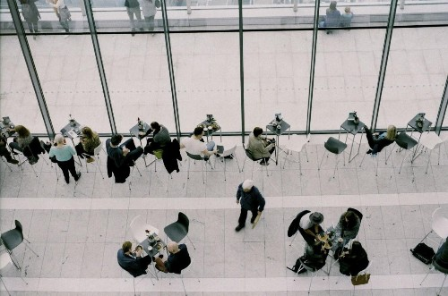 Flop Or Fly: How To Tell If The Unemployed Candidate You're Interviewing Is Worth It