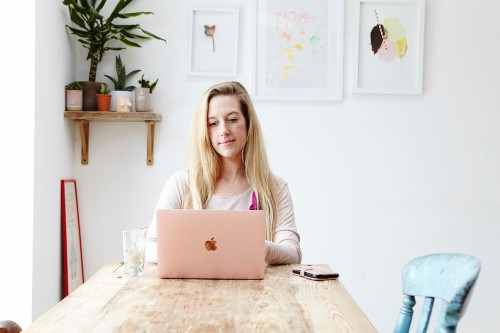 10 Motivation Tips For Freelancers Who Work From Home
