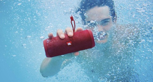 It May Be Small But JBL's Affordable Bluetooth Speaker Is Flipping Excellent