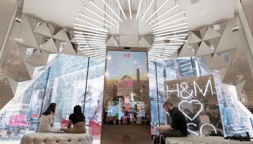 Ambient Tech That Actually Works: H&M Launches A Voice Activated Mirror