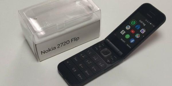 Nokia 2720 Flip Review: The Feature Phone Grows Up
