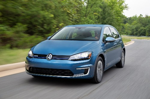 City Testing the 2015 Volkswagen eGolf: An Electric Vehicle Without Pretense