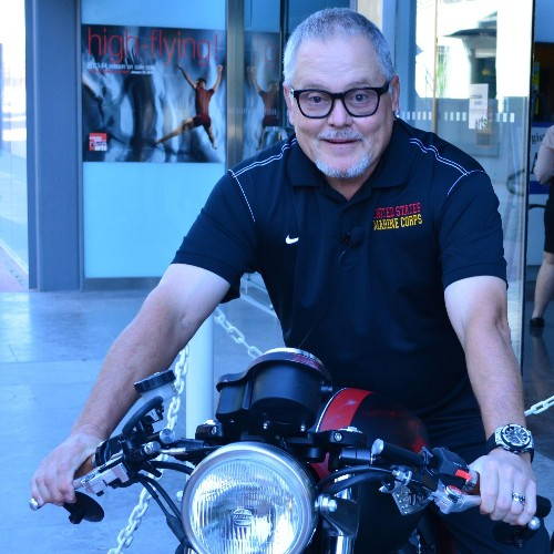 GoDaddy Billionaire Bob Parsons' 7 Tips For Entrepreneurs