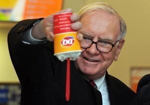 You Can Get Richer Pinching Pennies Like Warren Buffett