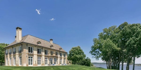 New Jersey Mansion Designed By Robert A.M. Stern Hits Market
