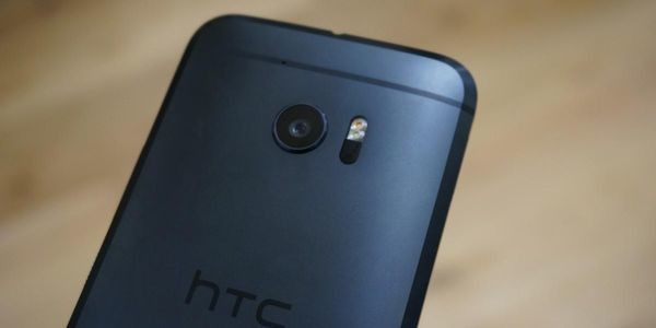 Google Looks Set To Buy HTC As Memo Leaks And Trading Suspension Is Announced