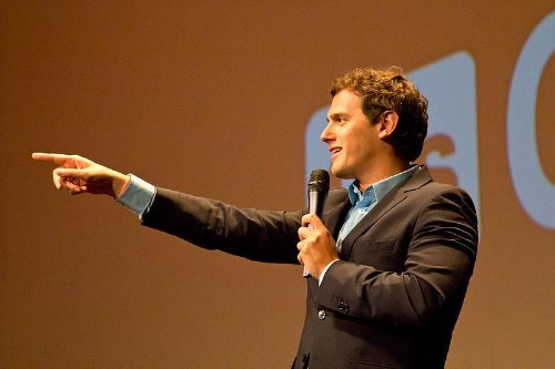 Ciudadanos: Spanish Liberal Party Alliance With Far-Right Provokes Macron's Government Rejection