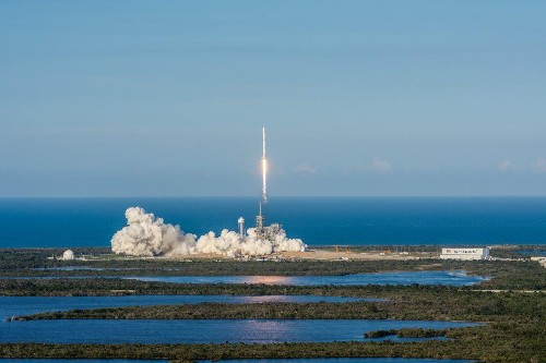 What SpaceX's Successful Reusable Rocket Launch Means For the Space Industry