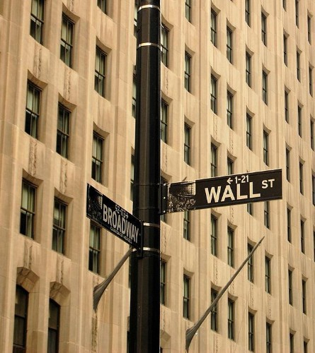 'Alternative' or 'Hedged' Mutual Funds: What Are They, How Do They Work, and Should You Invest?