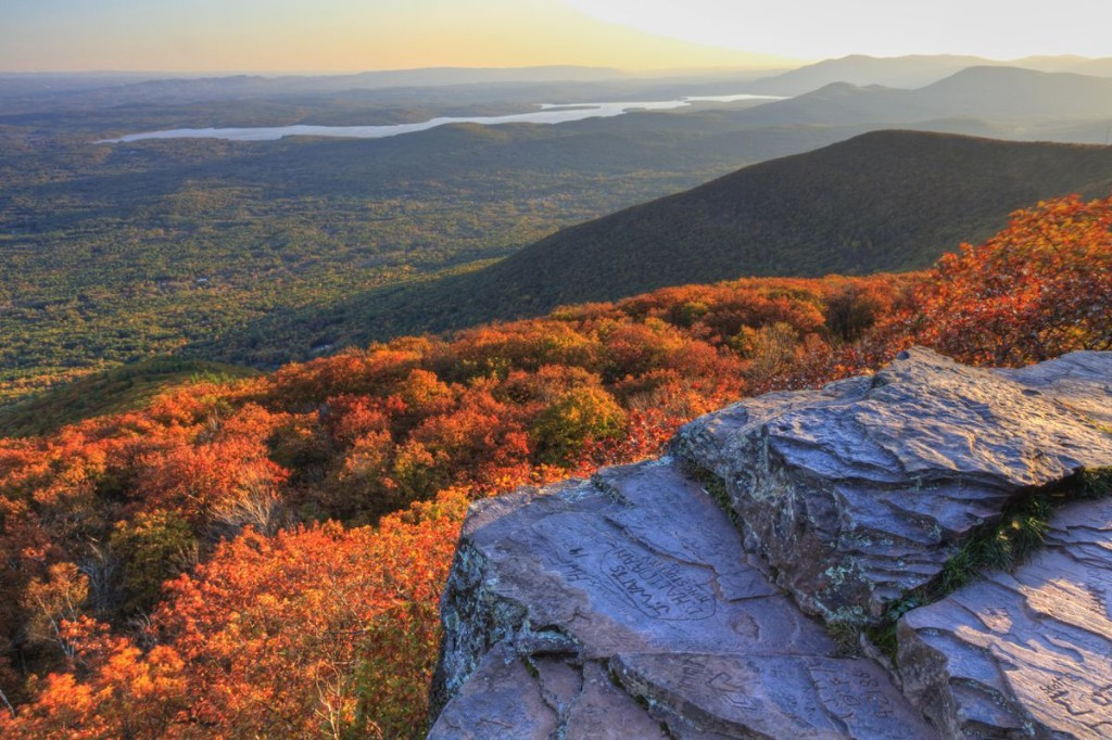5 Best Hikes In The Hudson Valley, According To A Local Hiking Expert