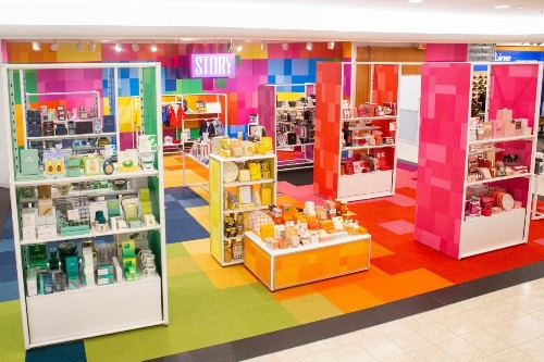 Will Story Help Macy's Launch An Exciting New Chapter?