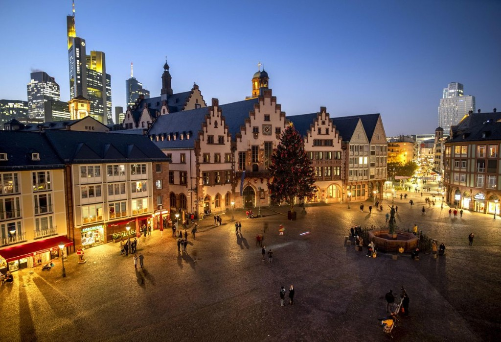 Photos: Europe's Merry Little Christmas, Minus Its Famed Markets