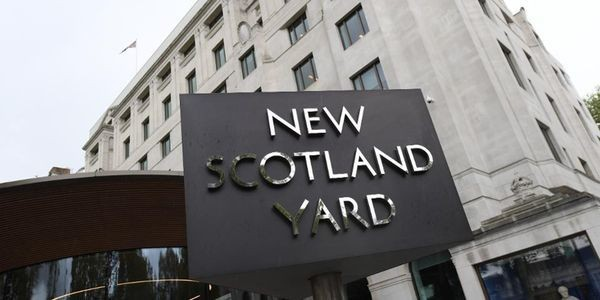 Metropolitan Police's Twitter Account Compromised, Here's What Was Posted