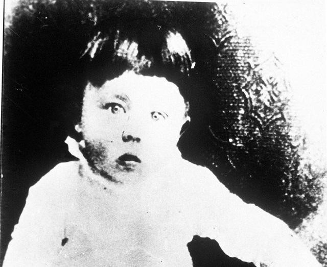 Why It's Unethical To Go Back In Time And Kill Baby Hitler