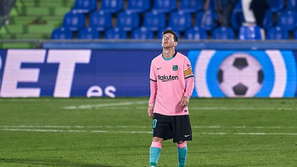Worrying Stats Show How Lionel Messi Form At FC Barcelona Has Plummeted