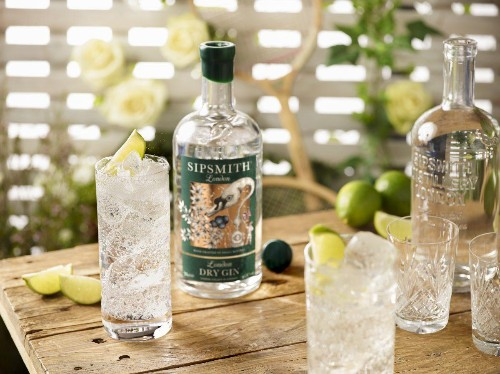 7 Twists On The Classic Gin And Tonic For The Drink's National Day