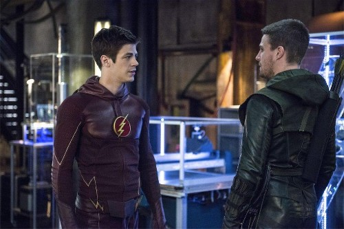 Why Supergirl Shouldn't Join The Flash/Arrowverse
