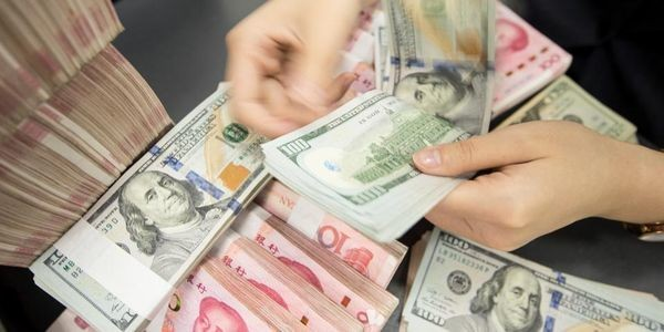 China Says Won't Devalue Currency, But Market Will Anyway