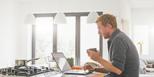 How To Better Manage Your Team That Works Remotely