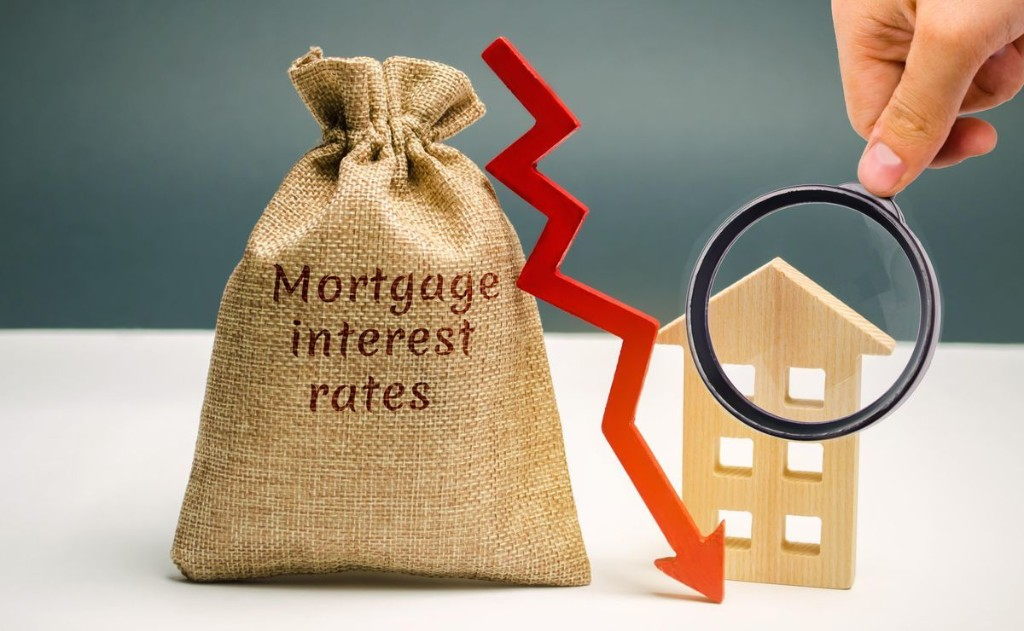 Mortgage Interest Rates Drop To The Lowest Rates Yet
