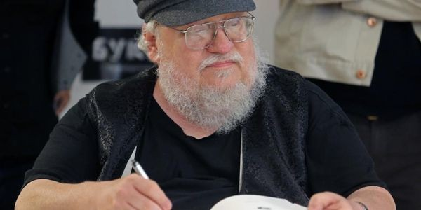 George RR Martin's New Scholarship Gives Aspiring Fantasy Authors A Leg Up