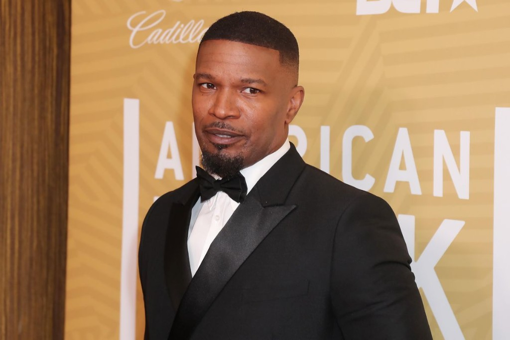Jamie Foxx To EP And Star In 'Vampire Comedy' For Netflix