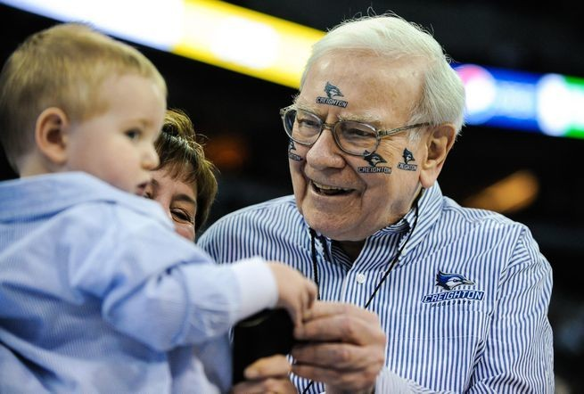 LIFE LESSONS FROM WARREN BUFFETT
