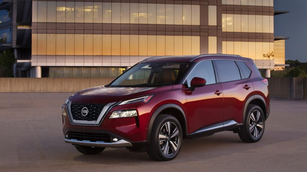 2021 Toyota RAV4 Prime Versus 2021 Nissan Rogue Platinum: Which Is Right For You?
