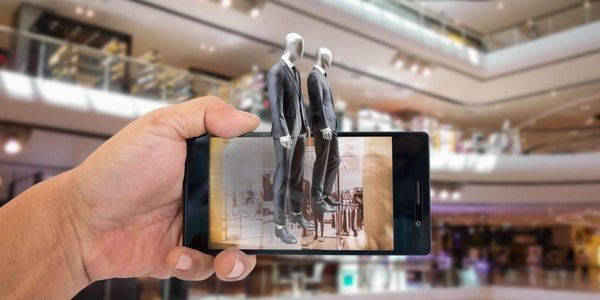 Augmented Reality In Retail - The Incredible Case Of Tenth Street Hats