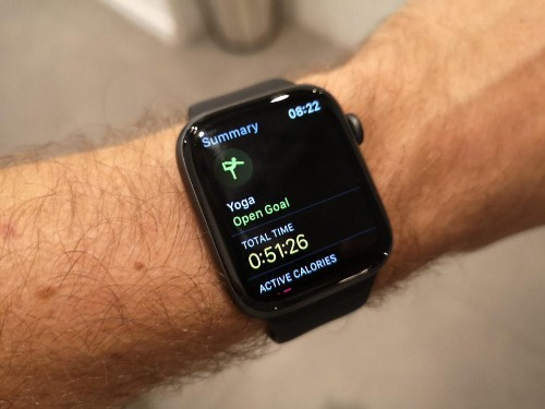 How To Use The Yoga App On The Apple Watch To Track Your Practice