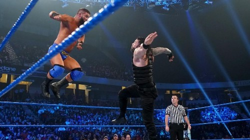 WWE Friday Night SmackDown Results: News, Notes After Roman Reigns Selects Falls Count Anywhere