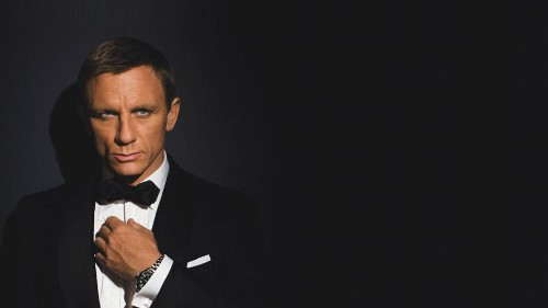 Why Public Speakers Need To Copy James Bond