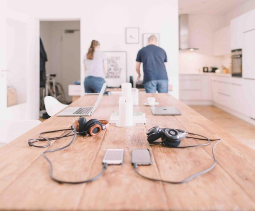 6 Tips For Working At Home With Your Partner & Maintaining Balance