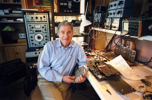 A Star of Sound: Ray Dolby Honored at Hollywood Walk of Fame