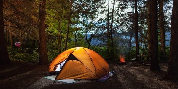 Camping Checklist: Must-Have Gear for Beginners