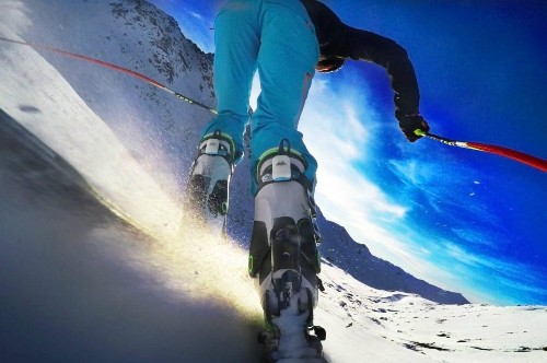 Carv Ski Wearable Review: A Digital Ski Instructor That Wil Revolutionize The Winter Sports Industry