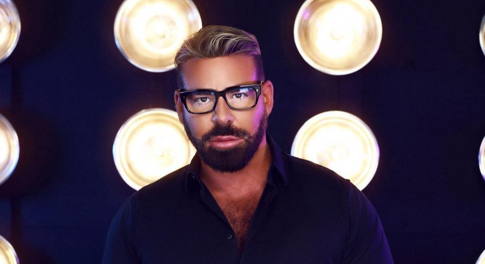 Celebrity Makeup Artist Scott Barnes Talks Beauty Business And Shares Tips On Creating A Look For Jennifer Lopez