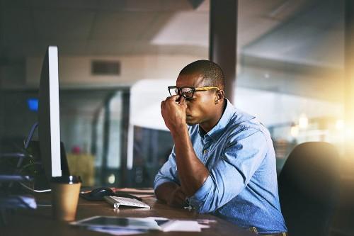 5 Dangerous Workplace Habits That Lower Productivity